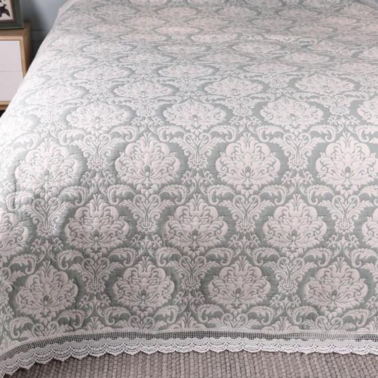 jacquard medallion bedding